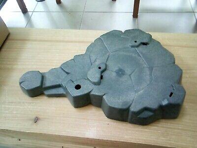 Playmobil dark grey triangular large rock base 19 x 25 cm