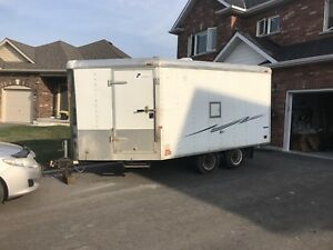 2001 Pace V-Nose 16ft drive in drive out