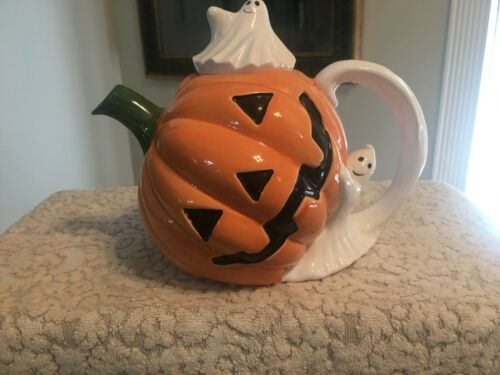 ENESCO CERAMIC JACK-O-LANTERN TEAPOT WITH GHOST LID AND HANDLE - 32 OZ