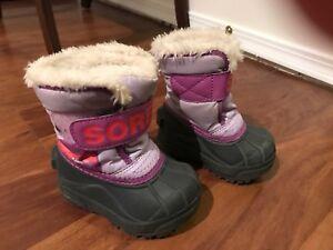 5T girls Sorel boots