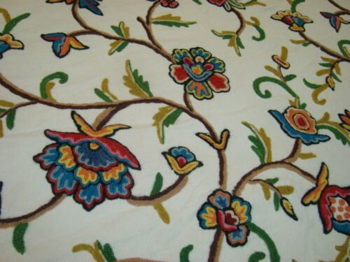 """Vtg Wool Crewel Embroidery work Bedspread Jacobean Floral 78"""" x 105"""" Cotton"""