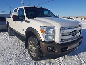 2015 Ford F-350 Lariat King Ranch, Heated Leather Seats