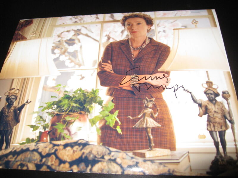 EMMA THOMPSON SIGNED AUTOGRAPH 8x10 SAVING MR BANKS PROMO IN PERSON COA AUTO D