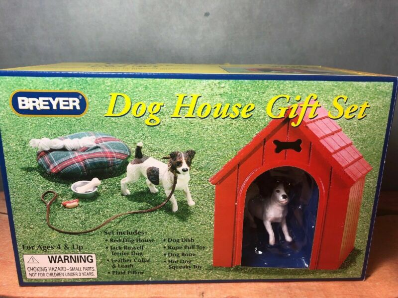 BREYER DOG HOUSE PLAY SET NEW IN BOX Jack Russell Terrier (7)