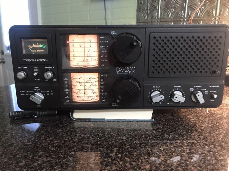 Vintage Realistic DX-200 5-Band Communications Radio Working