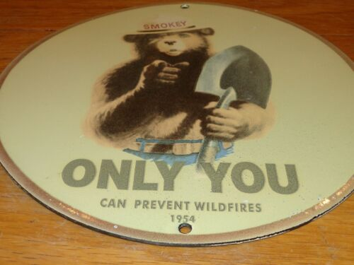 """VINTAGE NOS SMOKEY THE BEAR FOREST FIRE PREVENTION 10"""" PORCELAIN METAL GAS SIGN!"""