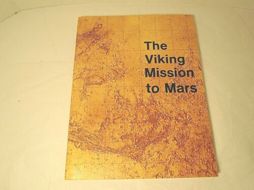 Viking Mission to Mars Book by Martin Marietta 1975 Illustrated 145 pp.