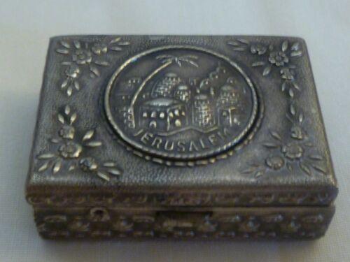 VINTAGE SILVERPLATED PILL SNUFF BOX WITH JERUSALEM VEW-- JEWISH JUDAICA