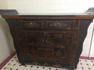 Chinese black and gold sideboard Northcote Darebin Area Preview