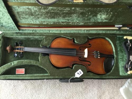 Vintage Full Size 4/4 Violin