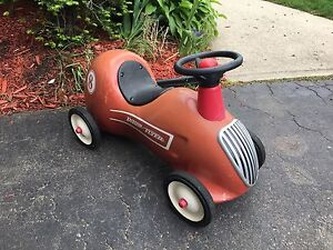 Vintage 1950 radio flyer red toddle race car $140