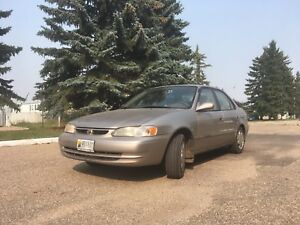 2000 Toyota Corolla 1.8L NEEDS NOTHING