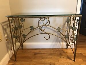 Glass sofa table and mirror