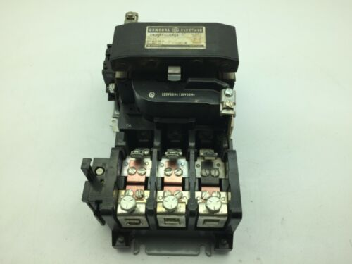 General Electric CR306F000AQA Contactor 3 Pole 600V 135A Nema Size 4