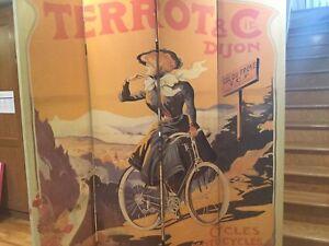 """Paravent """" Toulouse Lautrec»  excellent état,  toile /vintage"""