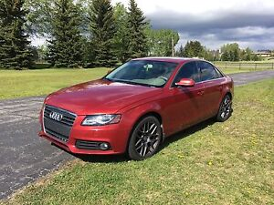 2010 Audi A4 Quattro fully loaded