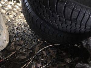 2 pneus d été p195/70r14 motomaster se