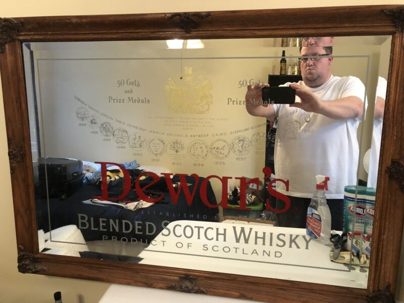 Dewar's Blended Scotch Whiskey Bar Mirror (chip In corner)