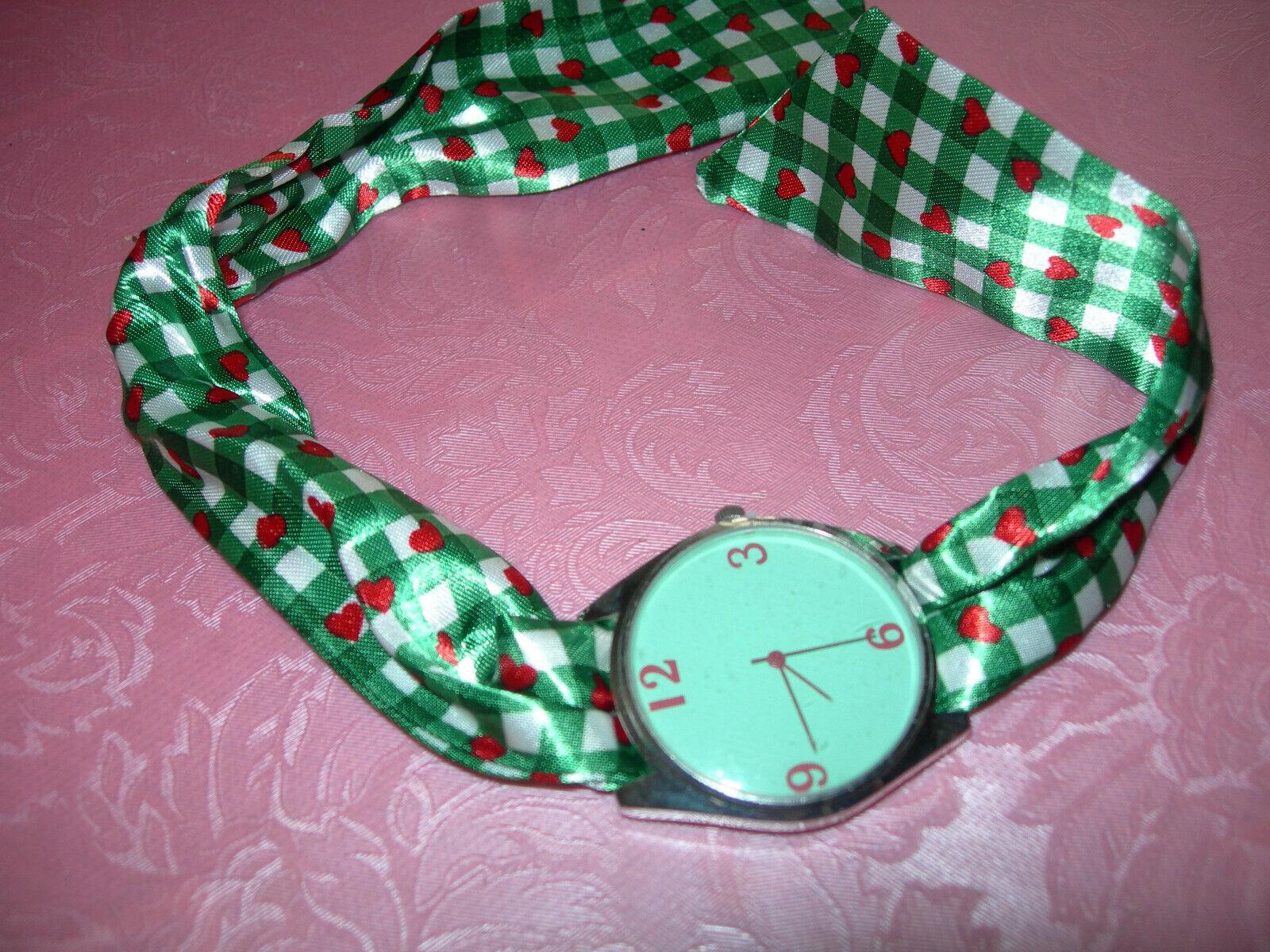 Damen Armbanduhr mit Stoffarmband (zum binden) TRACHTEN