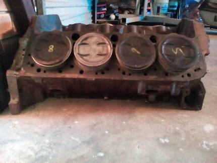 Chev 350 block 2 bolt main with 30 thou pistons