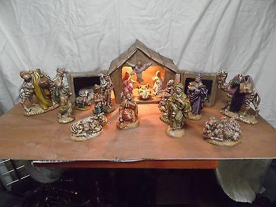 nativity scene village pottery hand painted Atlantic molds