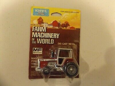 MASSEY-FERGUSON  2775  FARM MACHINERY of the WORLD  card,  STOCK # 1622
