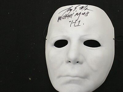 TONY MORAN Signed Michael Myers VacuForm MASK 1978 Halloween Autograph RARE](1978 Halloween Movie Mask)