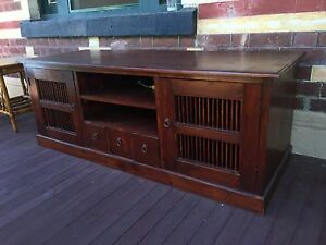 Beautiful solid timber TV cabinet Hawthorn East Boroondara Area Preview
