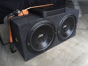 """JVC DRVN 2 x 12"""" and 1000W AMP"""
