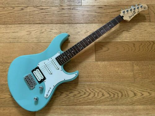 Yamaha Pacifica 112V Electrci Guitar - Surf Green/Sonic Blue