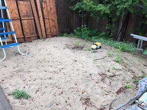 Play Sand to give for free