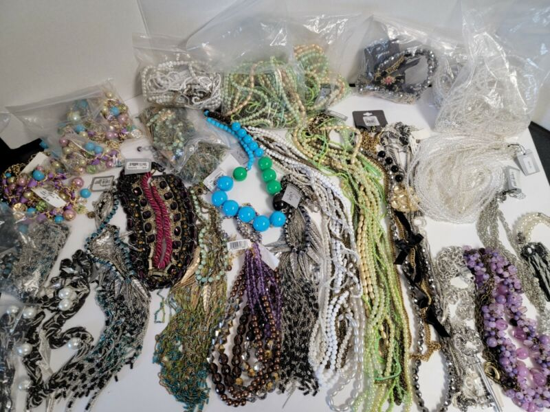 BULK WHOLESALE MIXED LOT OF 30 HIGH QUALITY FASHION NECKLACES Sequin Bead Bauble
