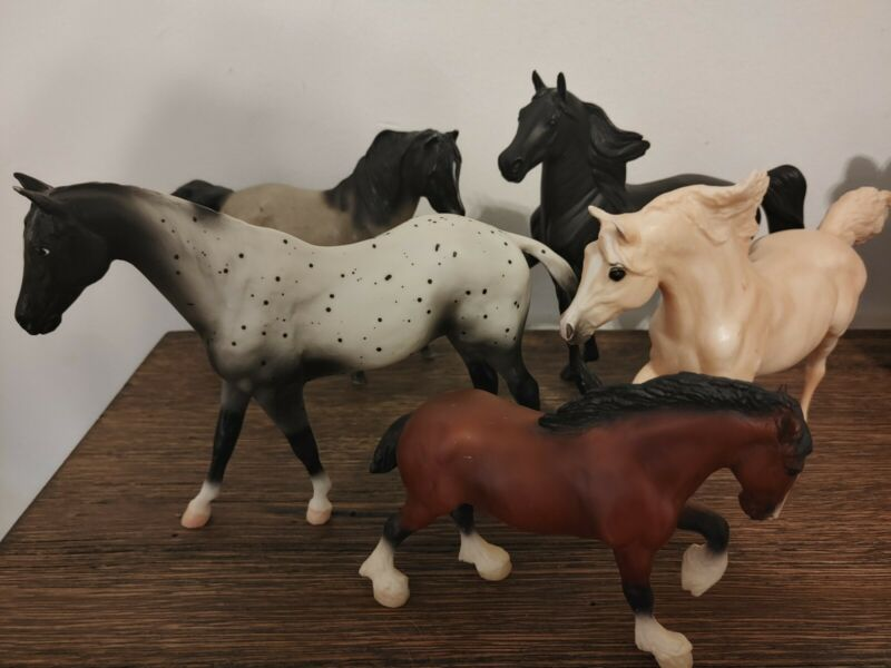 Bryer Reeves Horses Lot Of 5