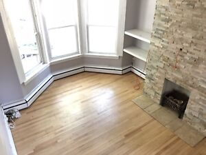 Sept. 1st - Large 3BR Victorian Upper flat