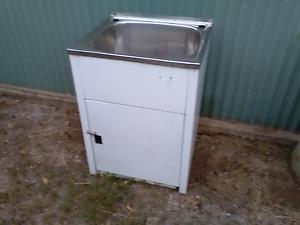 Single laundry tub Biloela Banana Area Preview