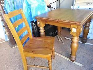TIMBER DINING TABLE & CHAIRS Beenleigh Logan Area Preview
