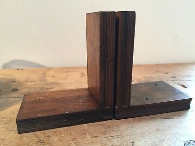VINTAGE MID 20th c LIGHTWEIGHT SMALL DARK WOOD BOOK DESIGN BOOKENDS 5