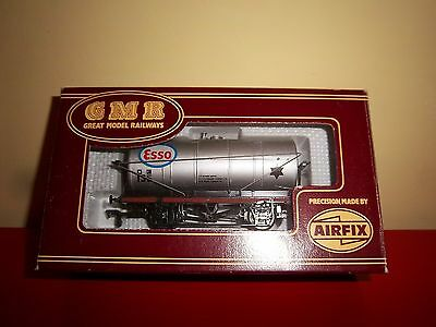 Airfix / GMR ESSO Petrol Tanker  54345-7 OO Scale with Original Box