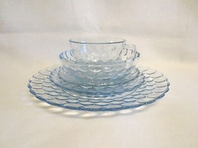 ANCHOR HOCKING BLUE BUBBLE 5 PIECE PLACE SETTING