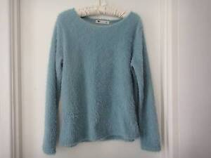 SIZE M TEAL GREEN SOFT FURRY JUMPER TOP Collingwood Park Ipswich City Preview