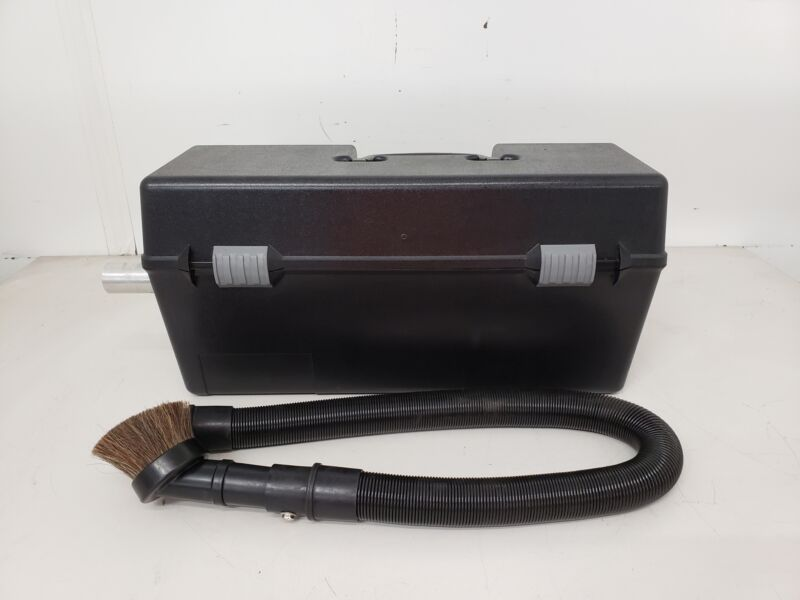 LaserVac Shark 9000II Vacuum Cleaner (WITH ACCESSORIES)