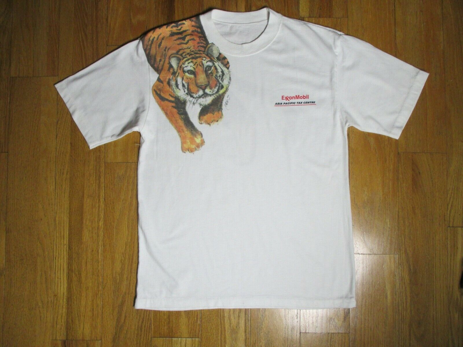 VINTAGE EXXON OIL TIGER T SHIRT MINT CONDITION TOP TEE SIZE MEN'S MEDIUM EUC
