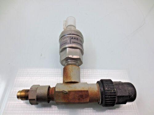 DANFOSS AKS1008, Trane Chiller Pressure Transducer 060g438606, x13790348-08