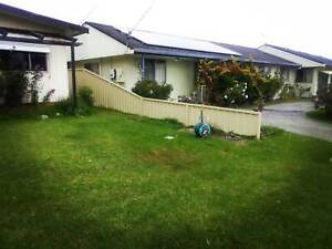 FENCER. POOL FENCE, BALUSTRADE, PRIVACY SCREEN, GLASS FENCE,