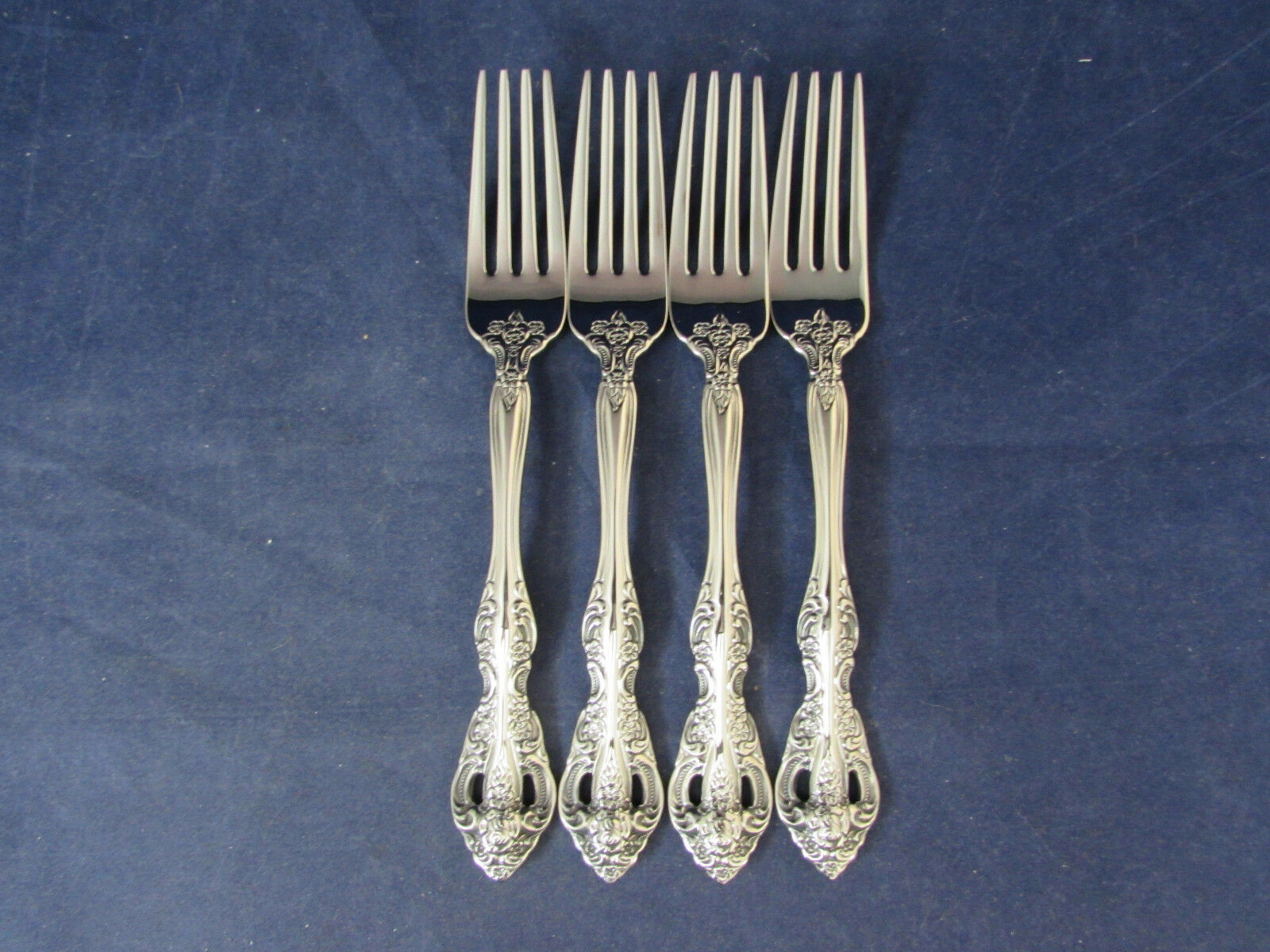 Oneida Stainless Michelangelo Flatware Silverware New