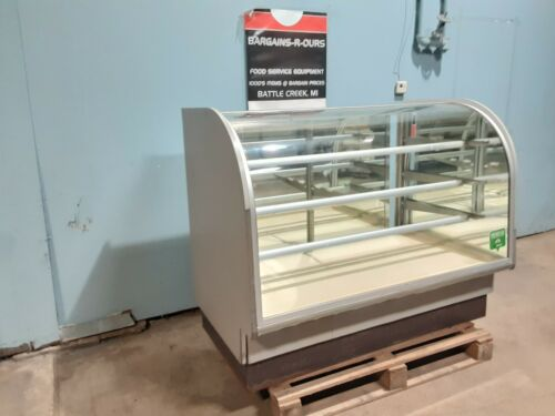 """""""COLUMBUS """" COMMERCIAL LIGHTED CURVED GLASS DRY BAKERY MERCHANDISER DISPLAY CASE"""