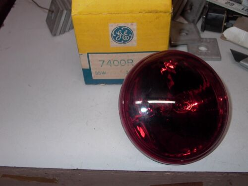 NEW OLD STOCK G E REPLACEMENT RED LIGHT BLUB  p/n 7400R  55 W 12 V