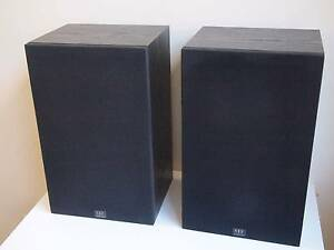 Monitor Audio R100 bookshelf speakers, made in England Allawah Kogarah Area Preview