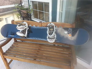Burton Air 161 board and bindings.