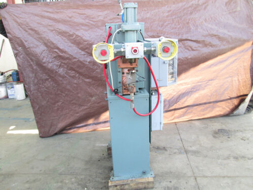 TAYLOR WINFIELD 20 KVA SPOT WELDER WITH INTERLOCK IND CONTROLS RESISTANCE WELD